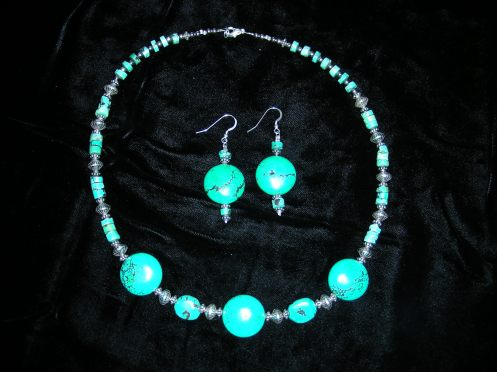 Turquoise Trio Necklace & Earrings Jan 2009