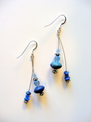 Stella's  'Stellar Sky'  Earrings    (Length   2-3/4 inches)